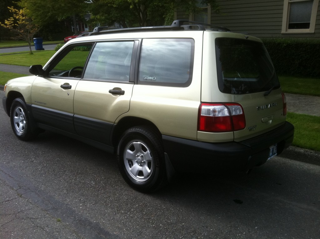 2001 Subaru Forester in Gold