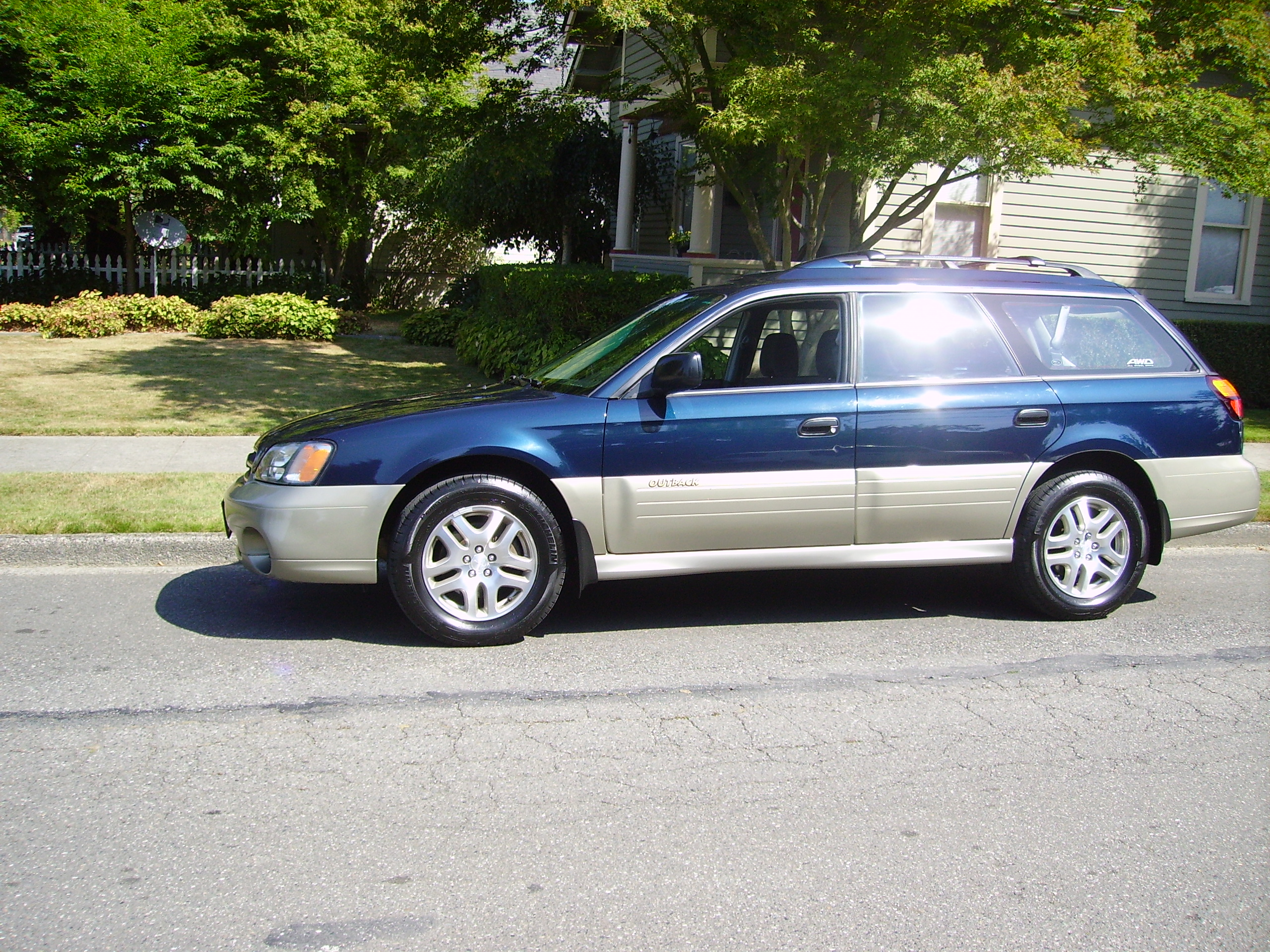blue 2002 subaru outback for sale awd auto sales. Black Bedroom Furniture Sets. Home Design Ideas