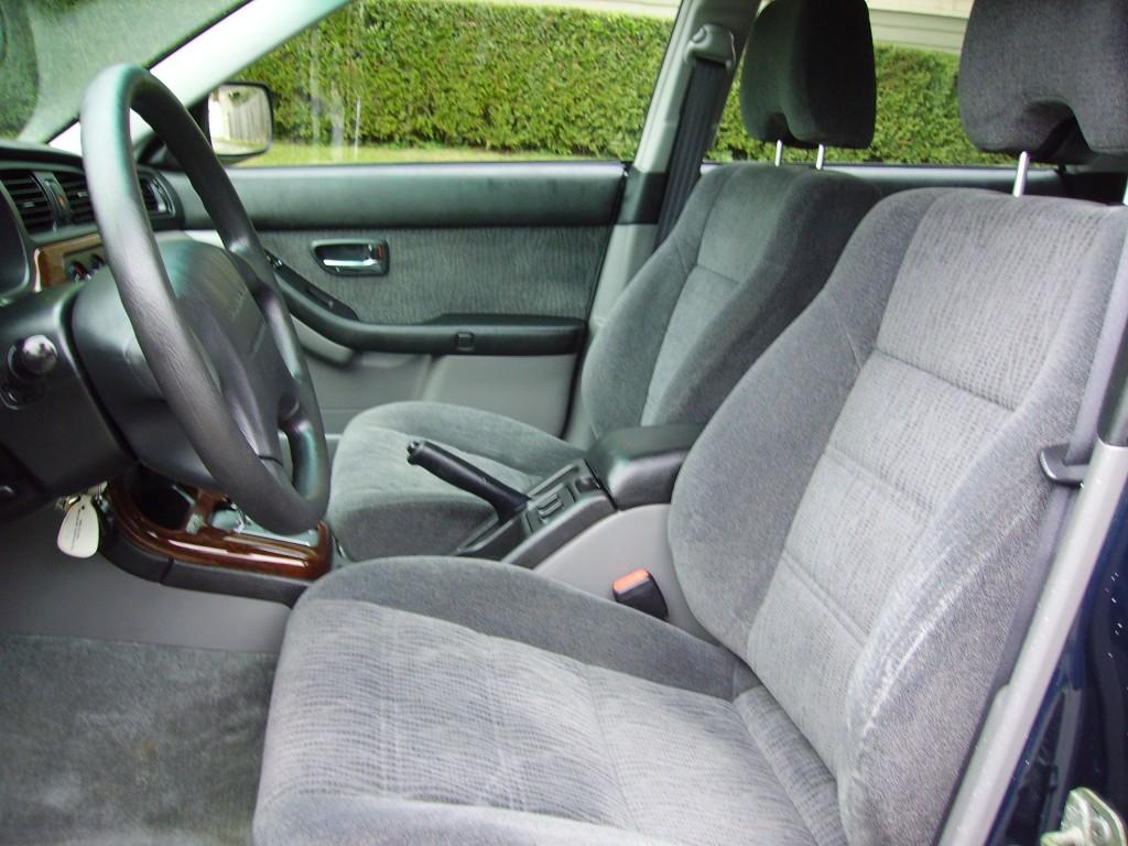 2001 Subaru Outback  Interior