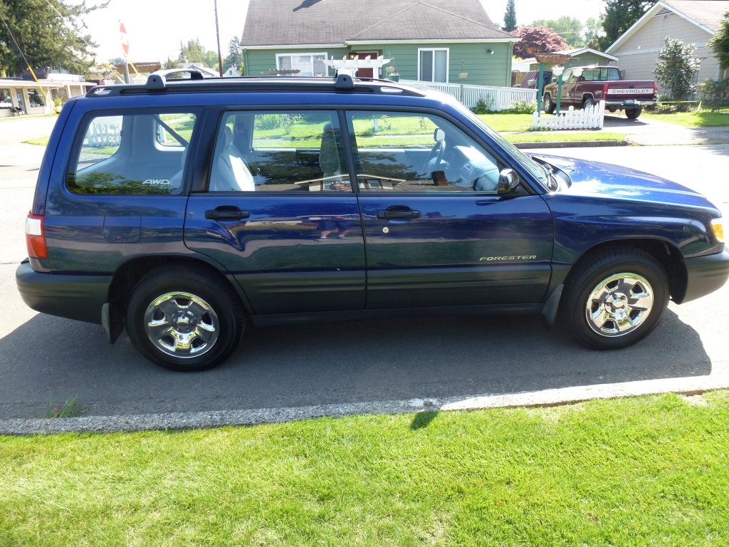 used 2001 subaru forester l wagon pricing features edmunds. Black Bedroom Furniture Sets. Home Design Ideas